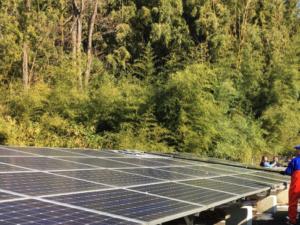 太陽光発電 滋賀 モジュール洗浄