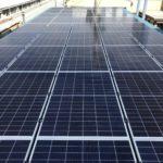 産業用太陽光:折板屋根ラックレス パネル設置